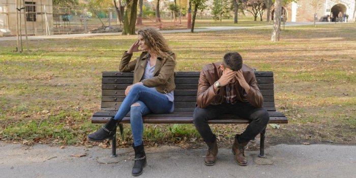 unhappy-couple-on-bench