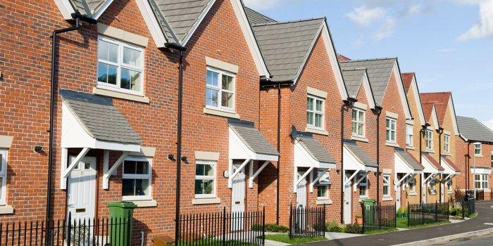 row-of-houses-on-street